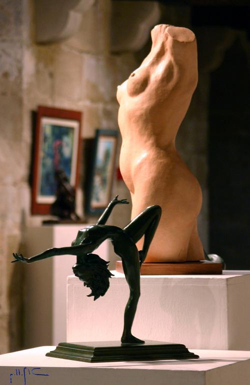 Danseuse GRS : bronze et buste terre cuite