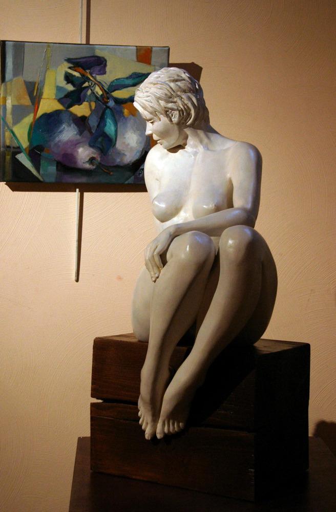 Clair de lune: Plâtre patiné pierre: 65 x 50 x 40 de face